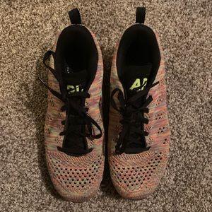 APL running sneakers